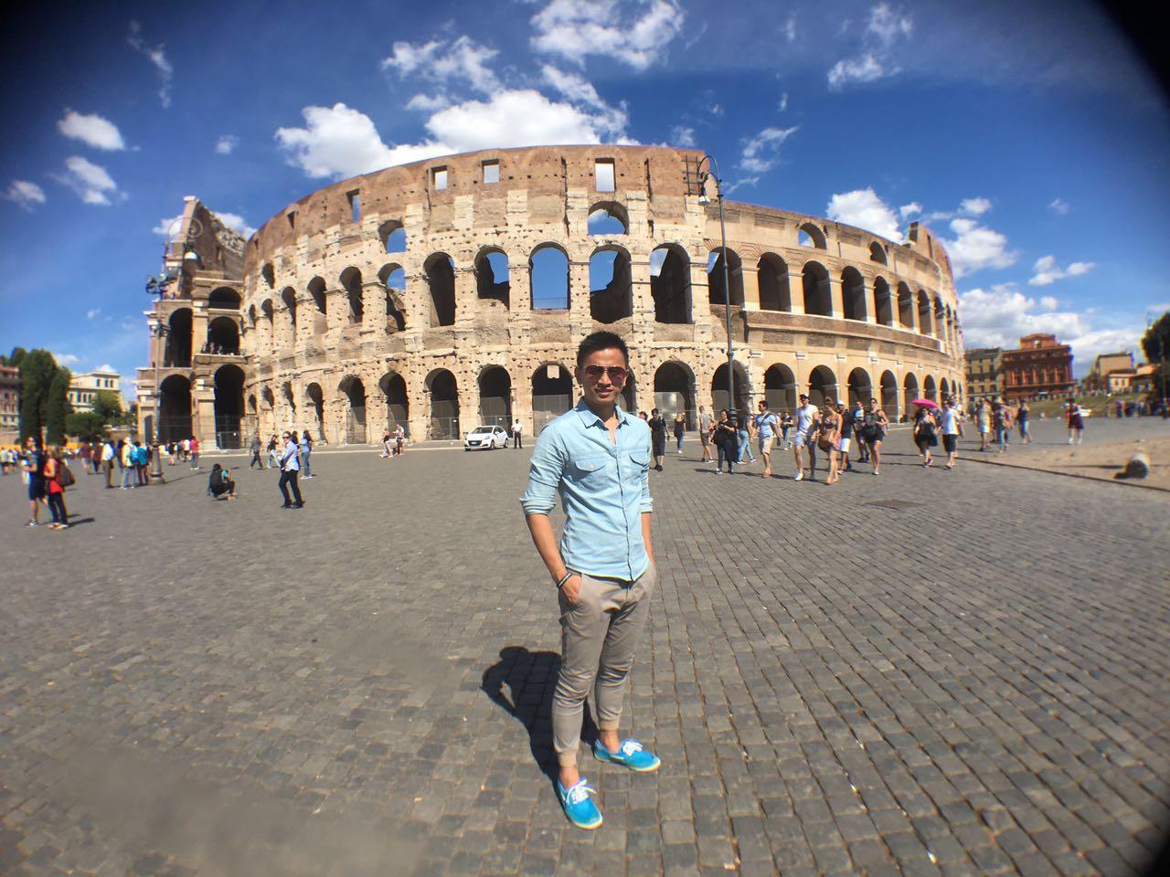 Lee Juan at Italy